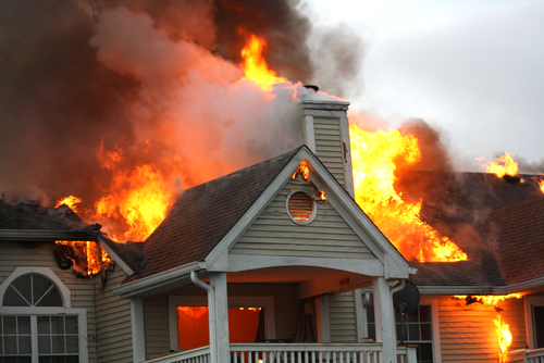 Read more about the article How to Reduce the Risk of Fire Damage in Your Home during the Holiday Season