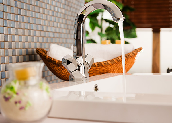 Read more about the article Home Disinfecting: How to Keep Your Bathrooms Clean