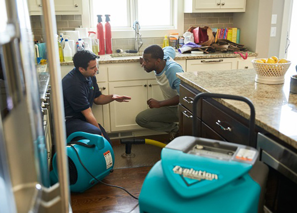 Read more about the article Need Water Damage Restoration Services in Venice, Florida? Choose ServiceMaster by Wright!